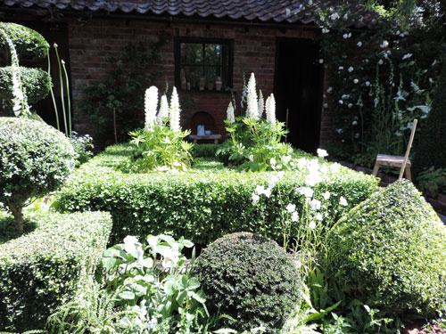 topirarist-garden