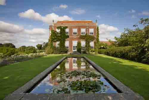 middle-Hinton-Ampner-lily-pond-Andrew-Butler