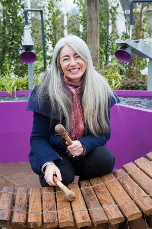side-Dame-Evelyn-Glennie-supports-Papworth-Trust-Chelsea-garden