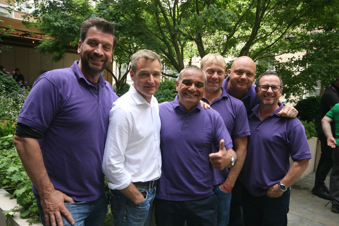 banner-diy-sos-team-and-chris-beardshaw-on-completed-gosh-garden-hi-res